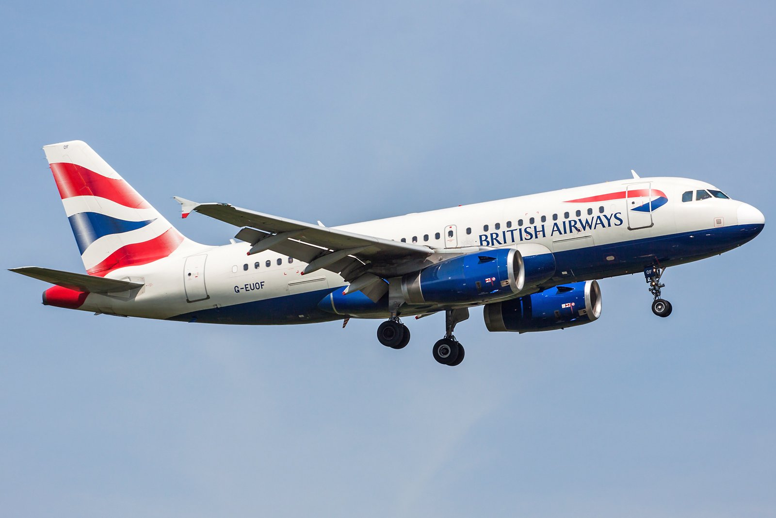British Airways Airbus A319-131 G-EUOF