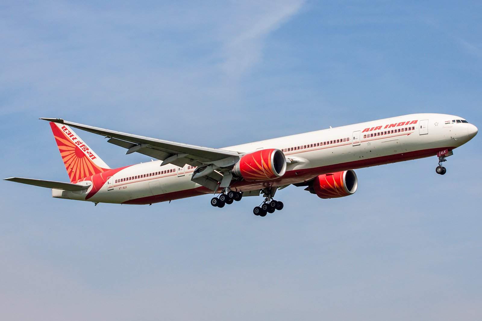 Air India Boeing 777-337(ER) VT-ALK