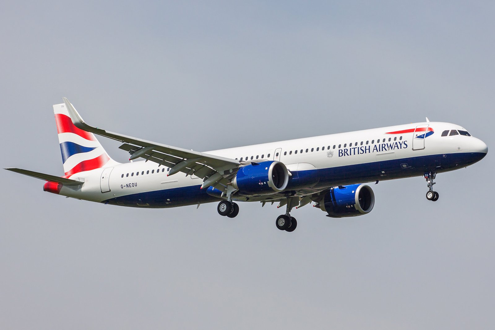 British Airways Airbus A321-251NX G-NEOU