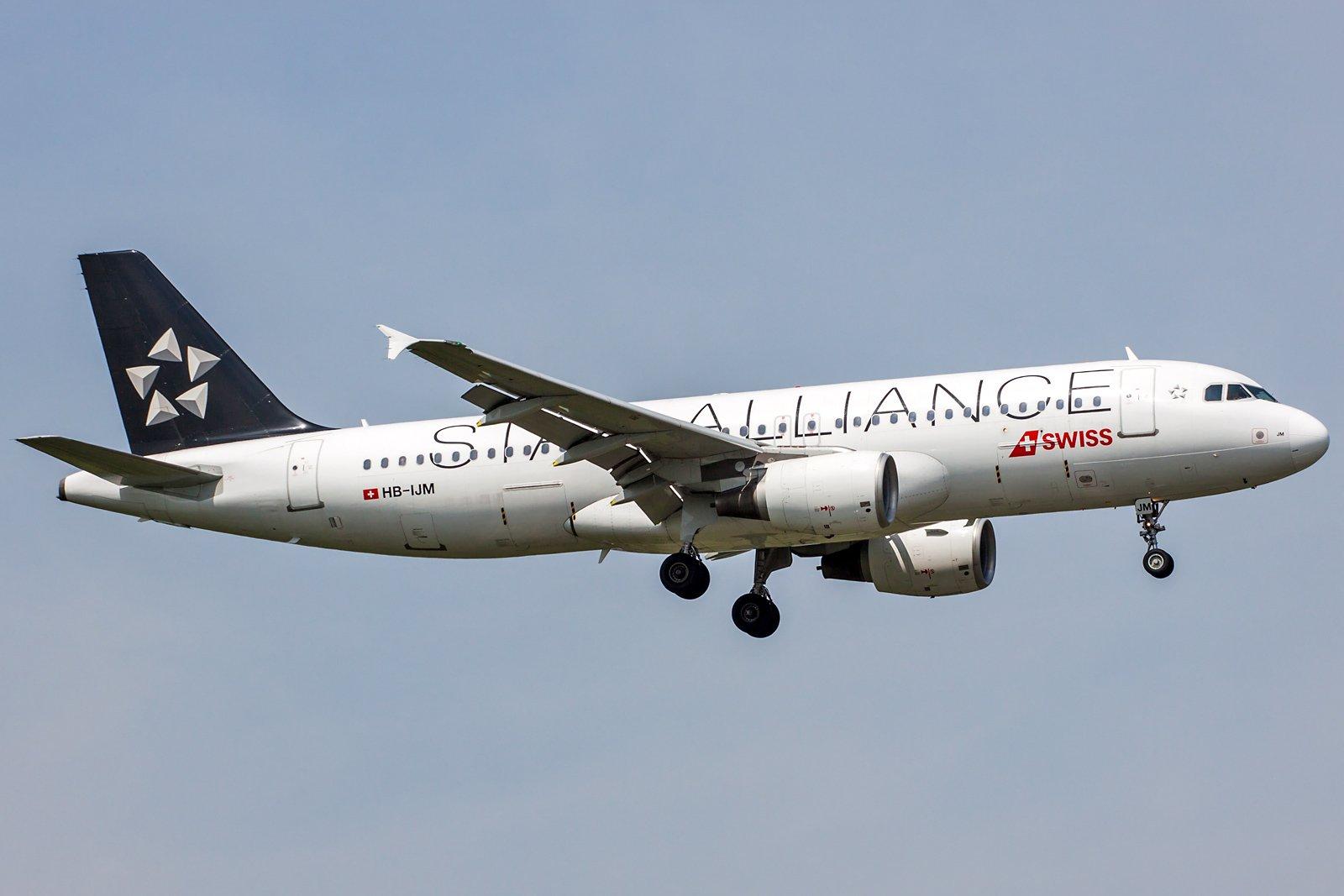 Swiss Airbus A320-214 HB-IJM
