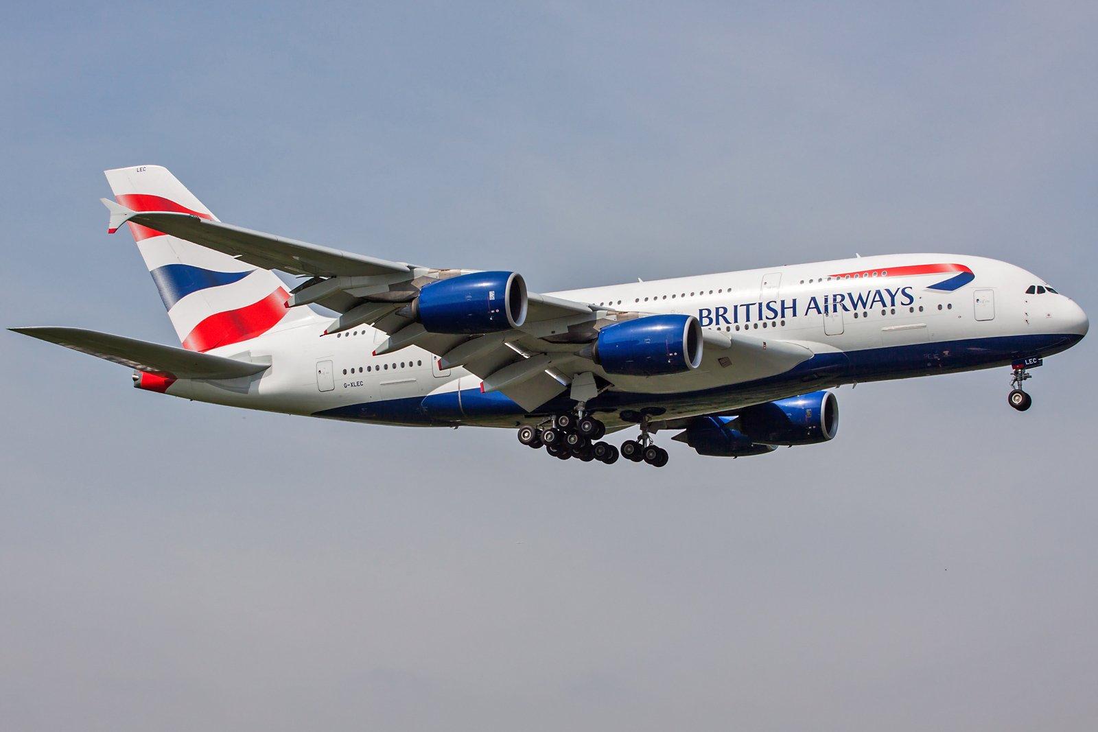 British Airways Airbus A380-841 G-XLEC