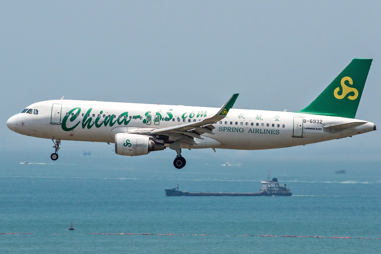 Spring Airlines Airbus A320-214(WL) B-6932