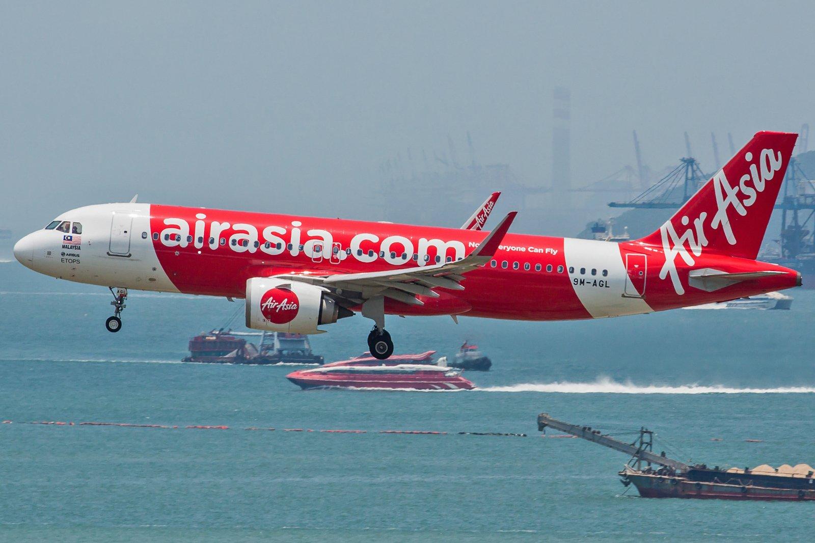 AirAsia Airbus A320-251N 9M-AGL