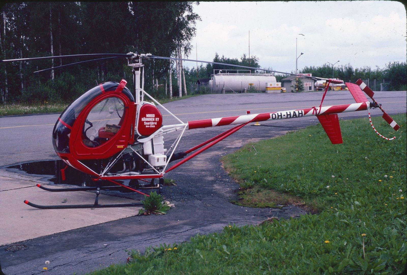 Hughes 300-269C OH-HAH EFKU 1981