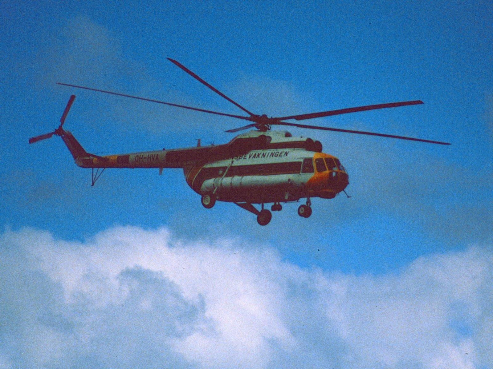 Mil Mi-8T OH-HVA EFHK 1984-08-23