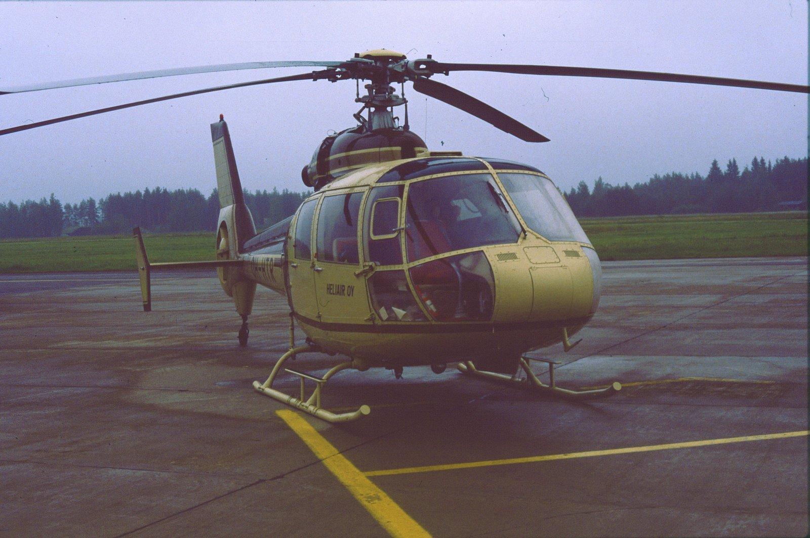 Aerospatiale S.A.360C Dauphin OH-HTR EFKU1987-07