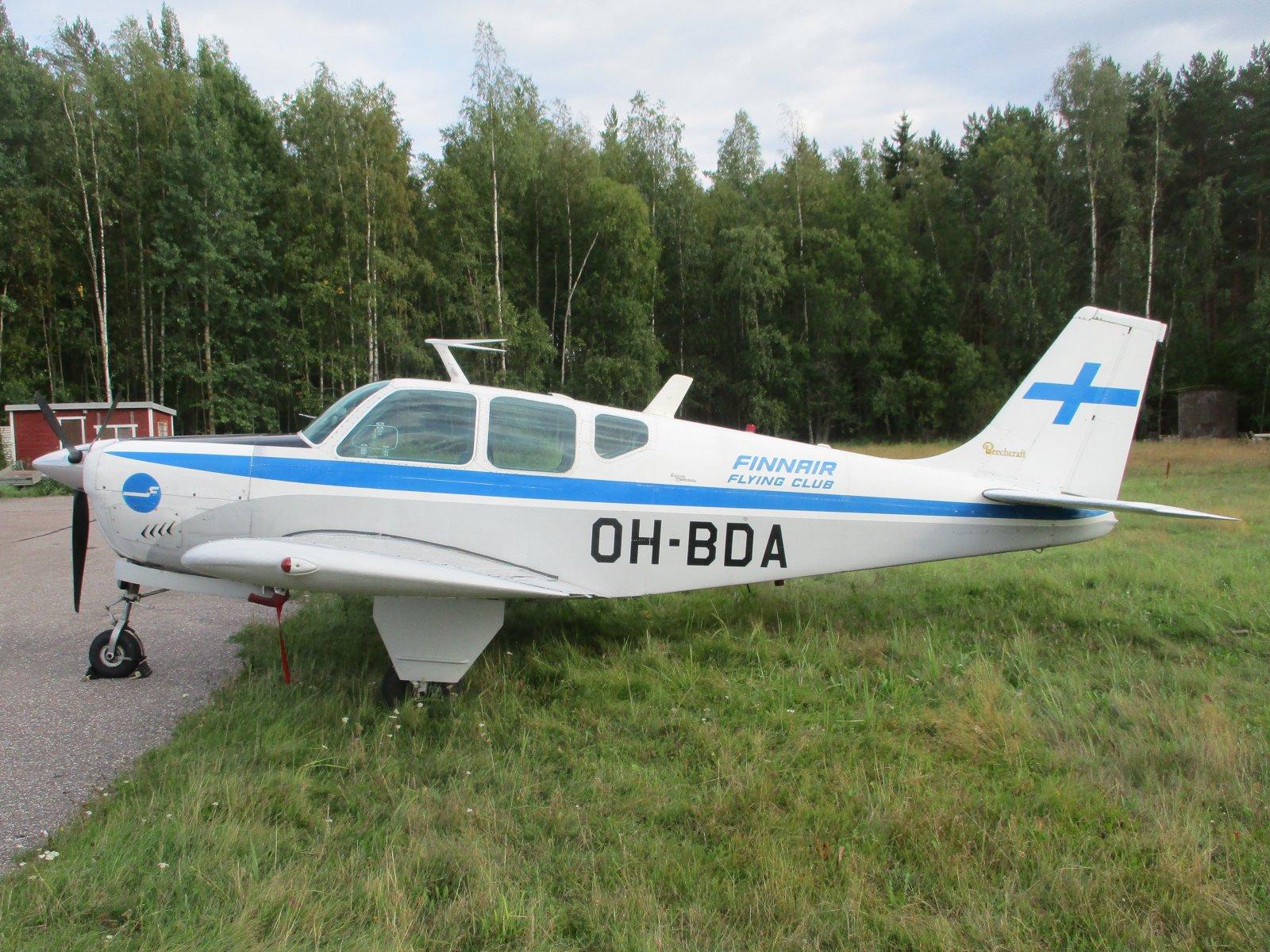 Beechcraft 35-B33 Debonair OH-BDA EFHN 2019-08-29