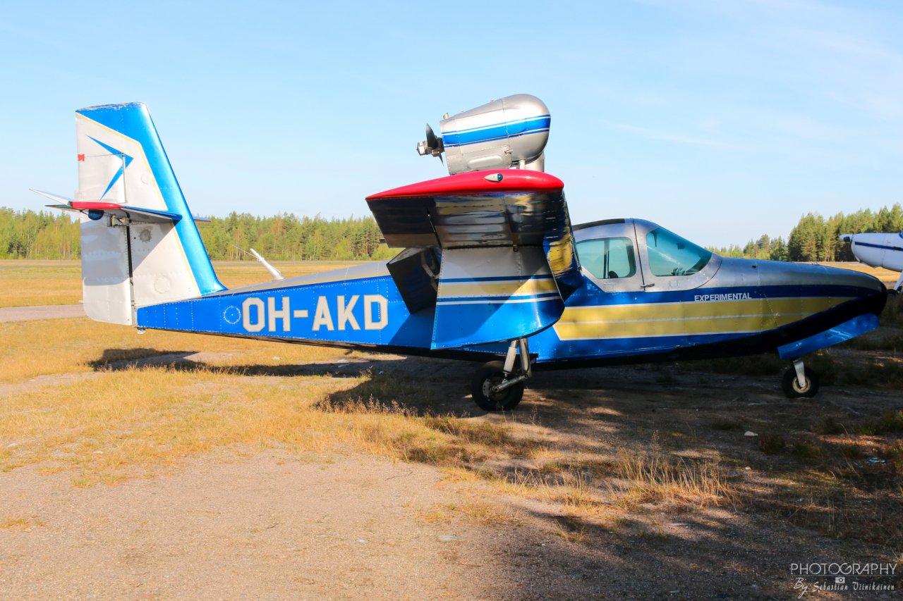 OH-AKD Lake LA-4-200 Buccaneer