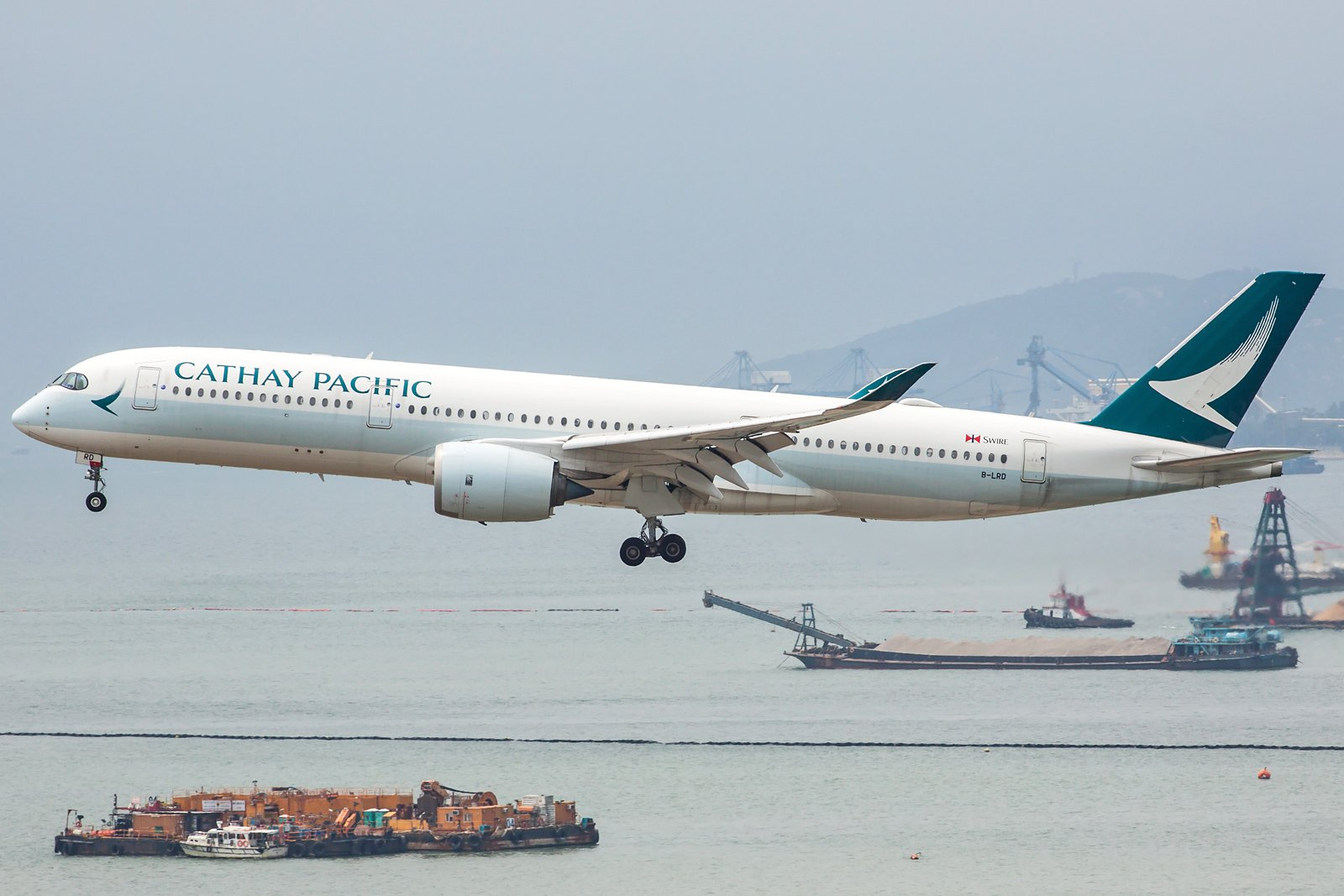 Cathay Pacific Airbus A350-941 B-LRD