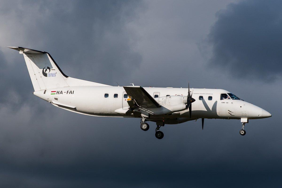 BASe Embraer 120 HA-FAI 5.9.-19