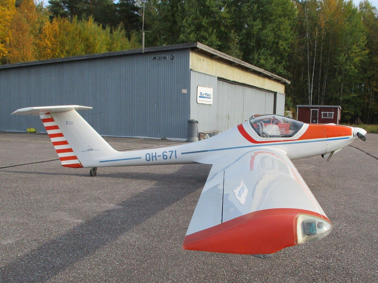Grob G.109 OH-671 EFHN2019-10-05.