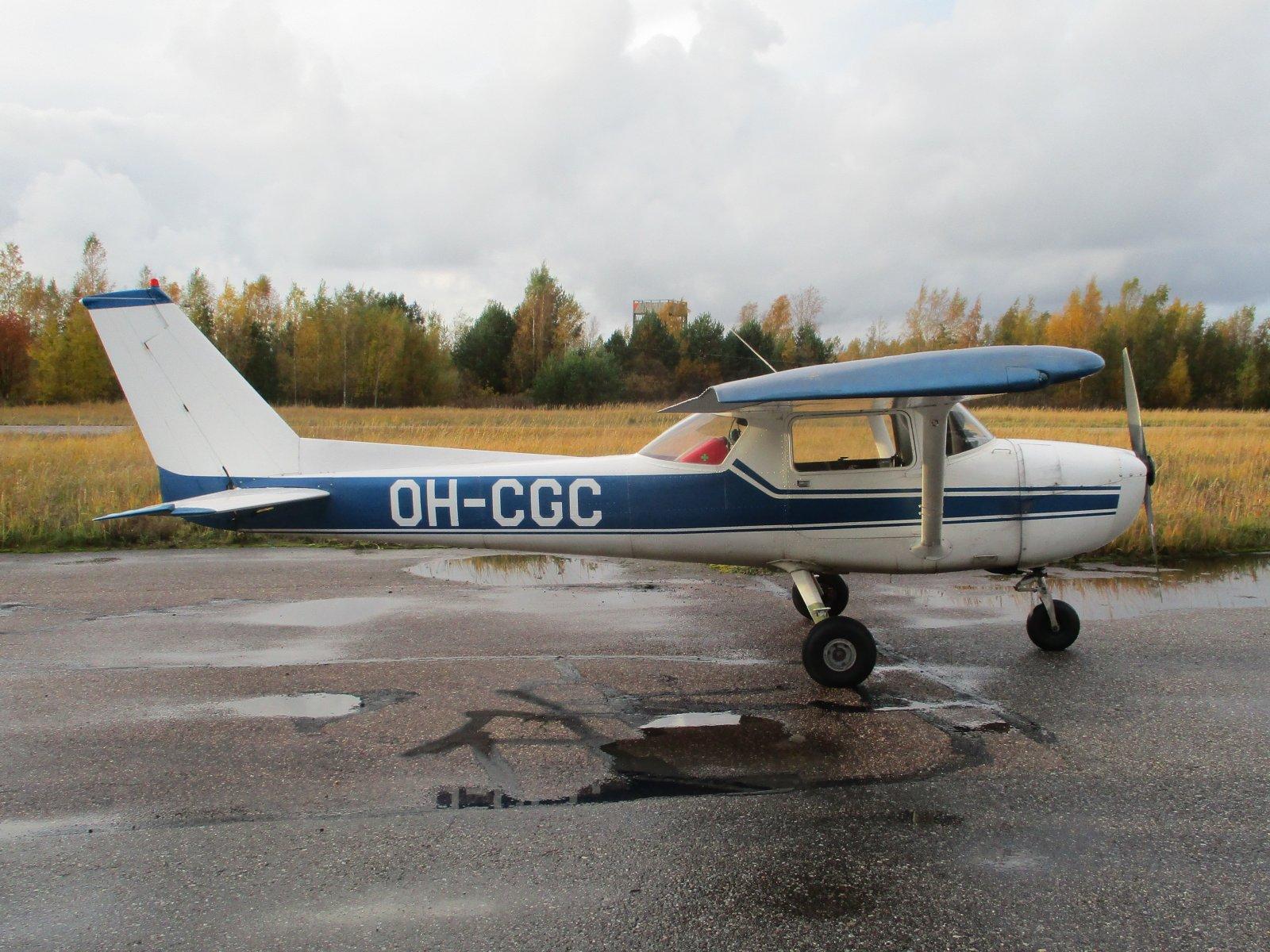 Reims/Cessna F150M OH-CGC EFHN 2019-10-11
