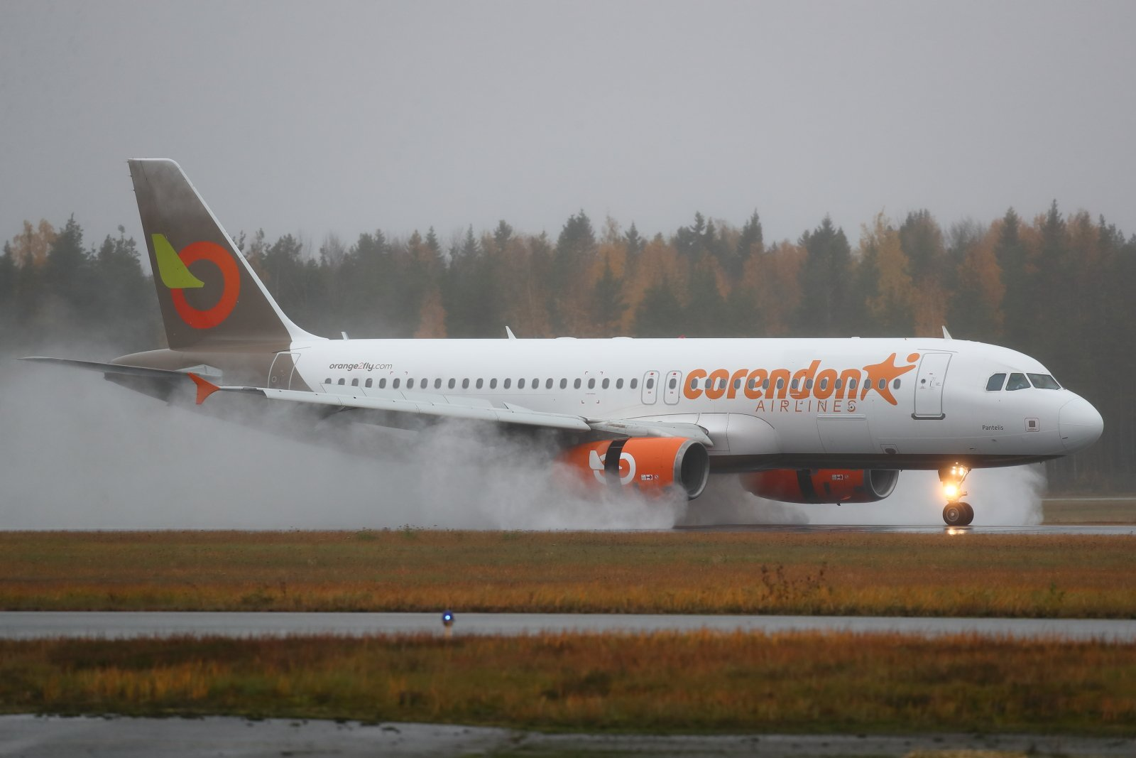 SX-SOF Corendon/Orange2fly Airbus A320 17.10.