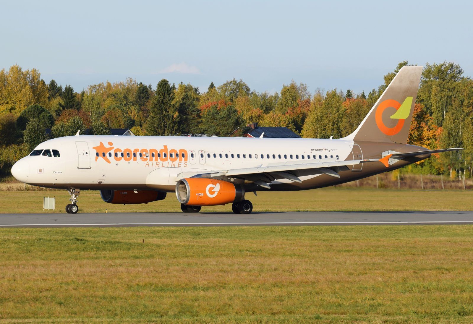 SX-SOF - Airbus A320-232 - Orange2Fly (Corendon Airlines) - 3.10.2019