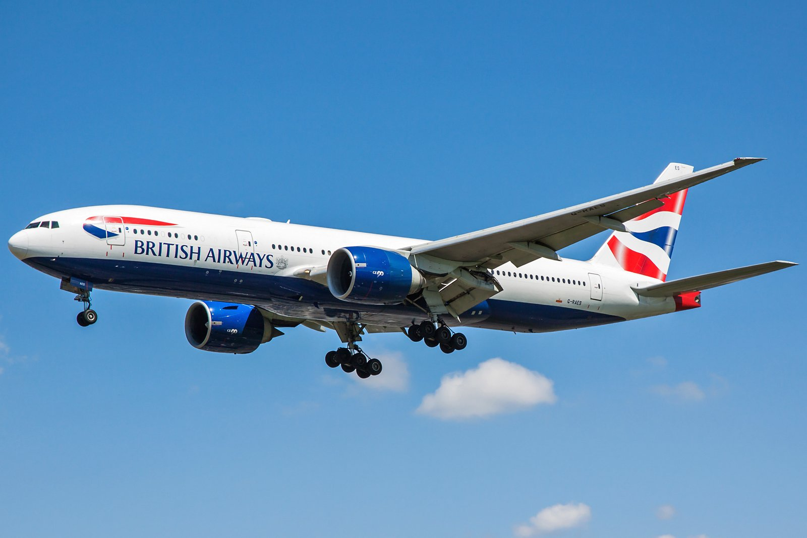 British Airways Boeing 777-236(ER) G-RAES