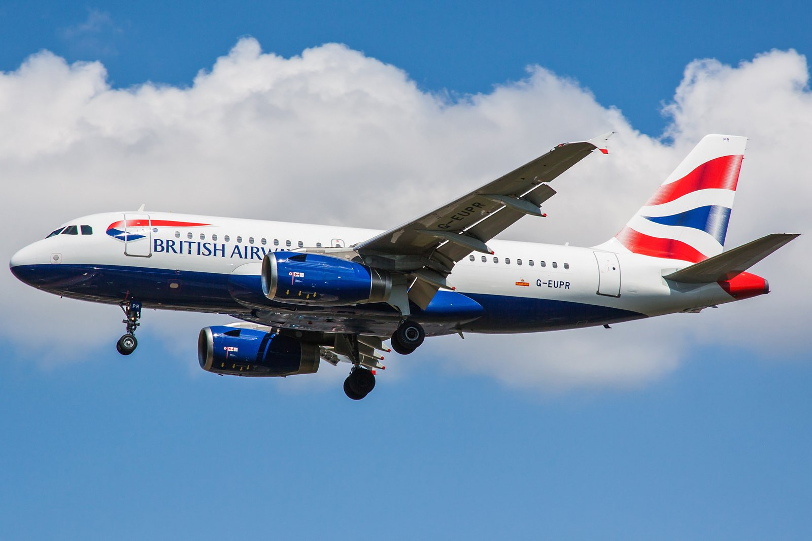British Airways Airbus A319-131 G-EUPR