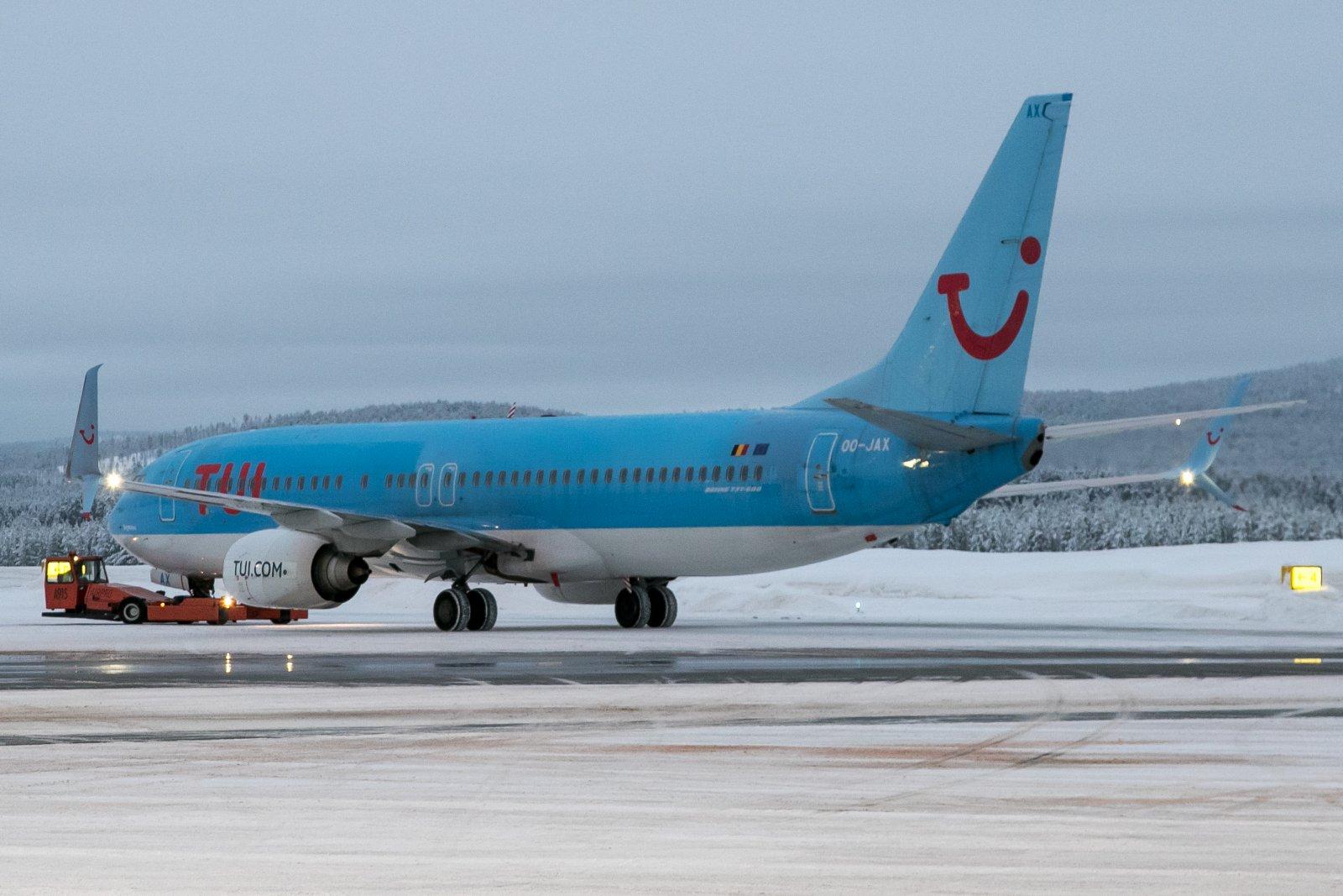 OO-JAX. Boeing 737-8K5(WL)