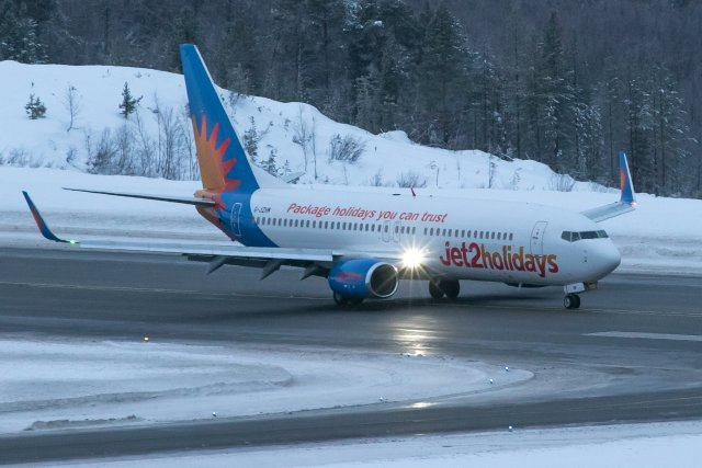G-JZHM. Boeing 737-8MG