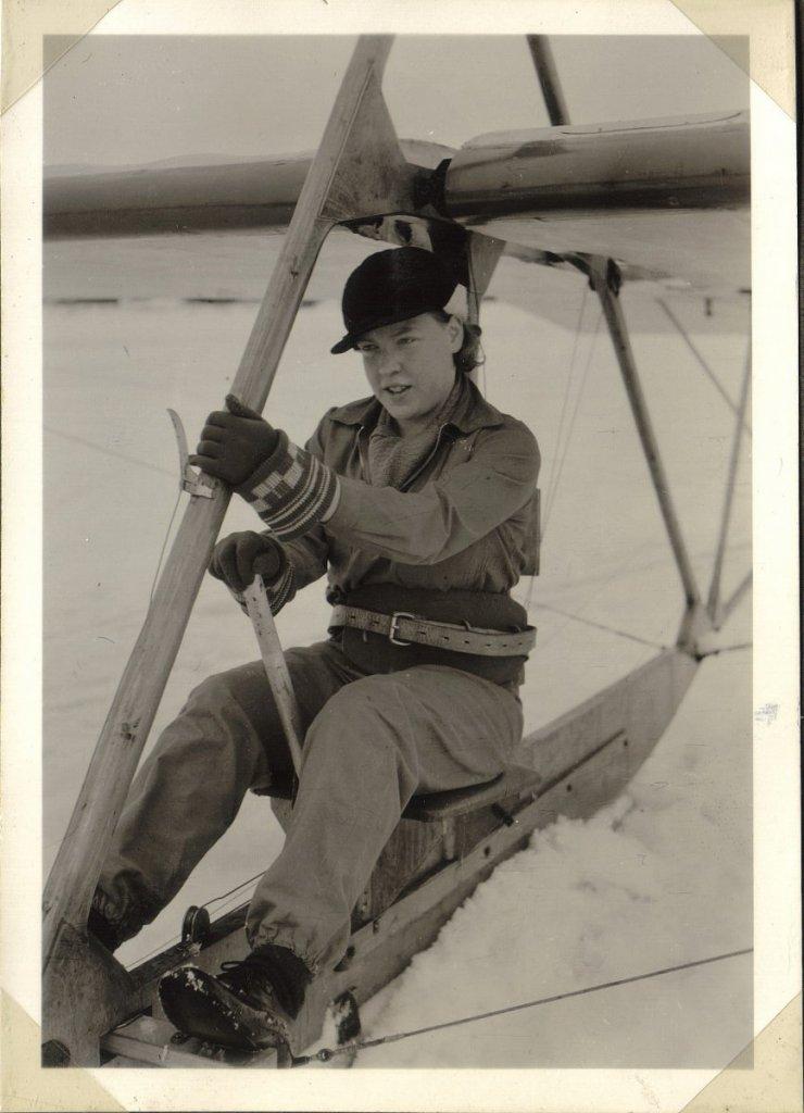 aili hedström (smirnoff) talvella 1935 – kopio.jpg