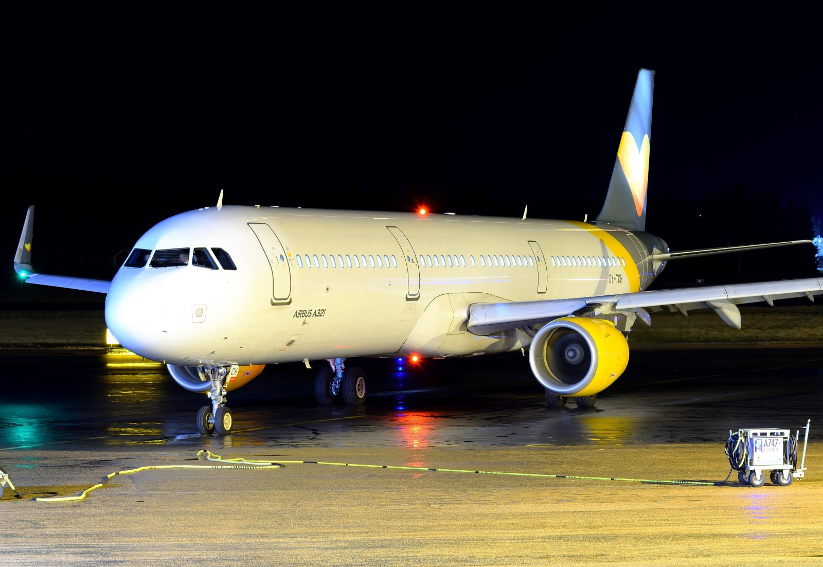 OY-TCH - Airbus A321-211 - Sunclass Airlines (ent. Thomas Cook Airlines Scandinavia) - 2.1.2020