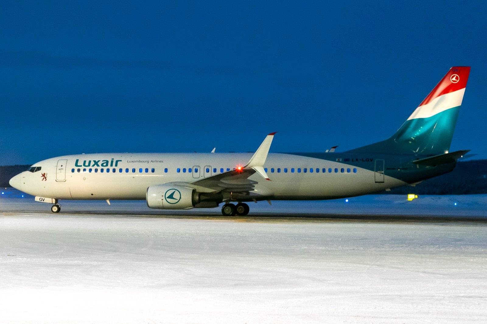 LX-LGV. 2.1.2020. Boeing 737-8C9