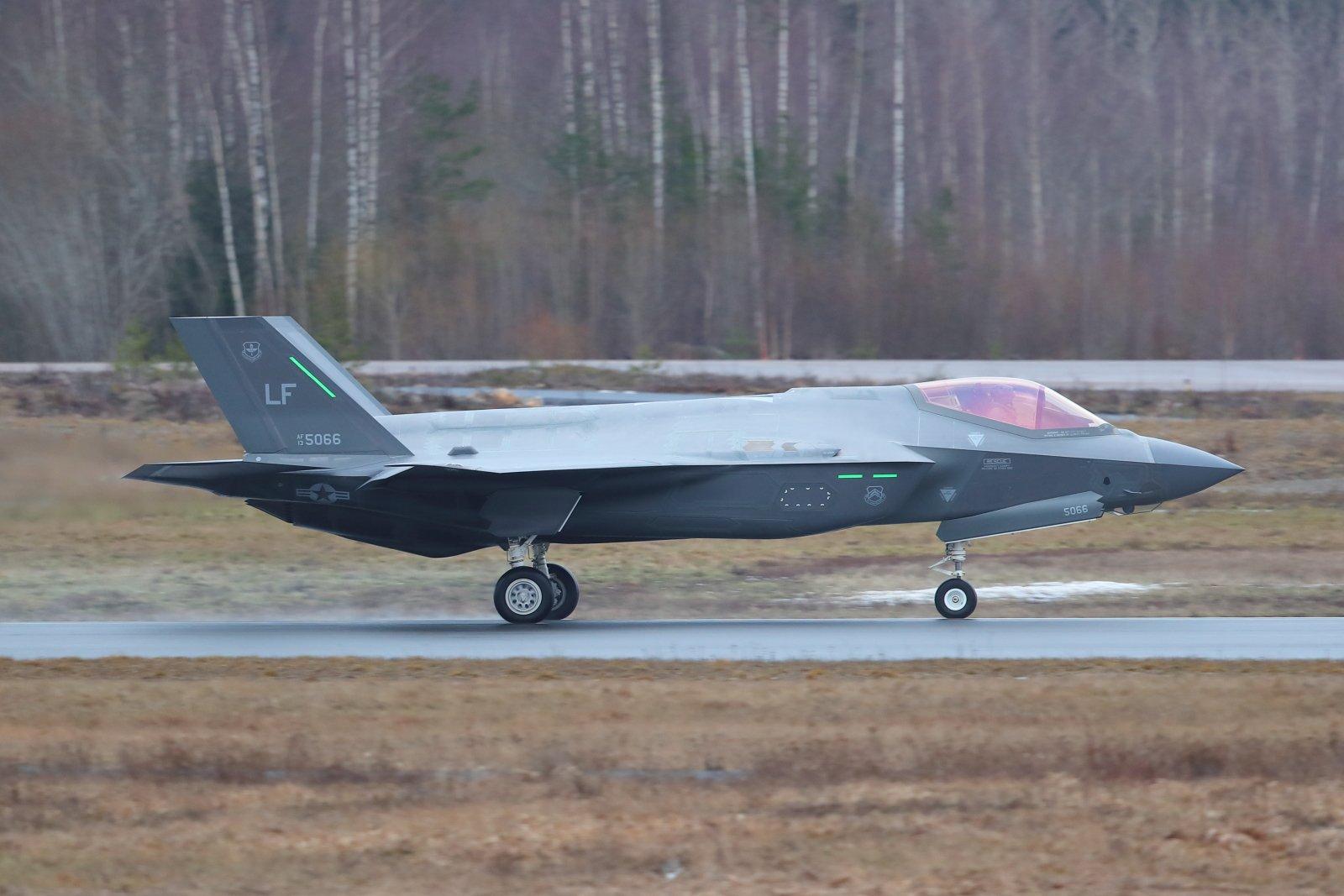 Lockheed Martin F-35A Lightning II 13-5066 EFTP 2020 02 12