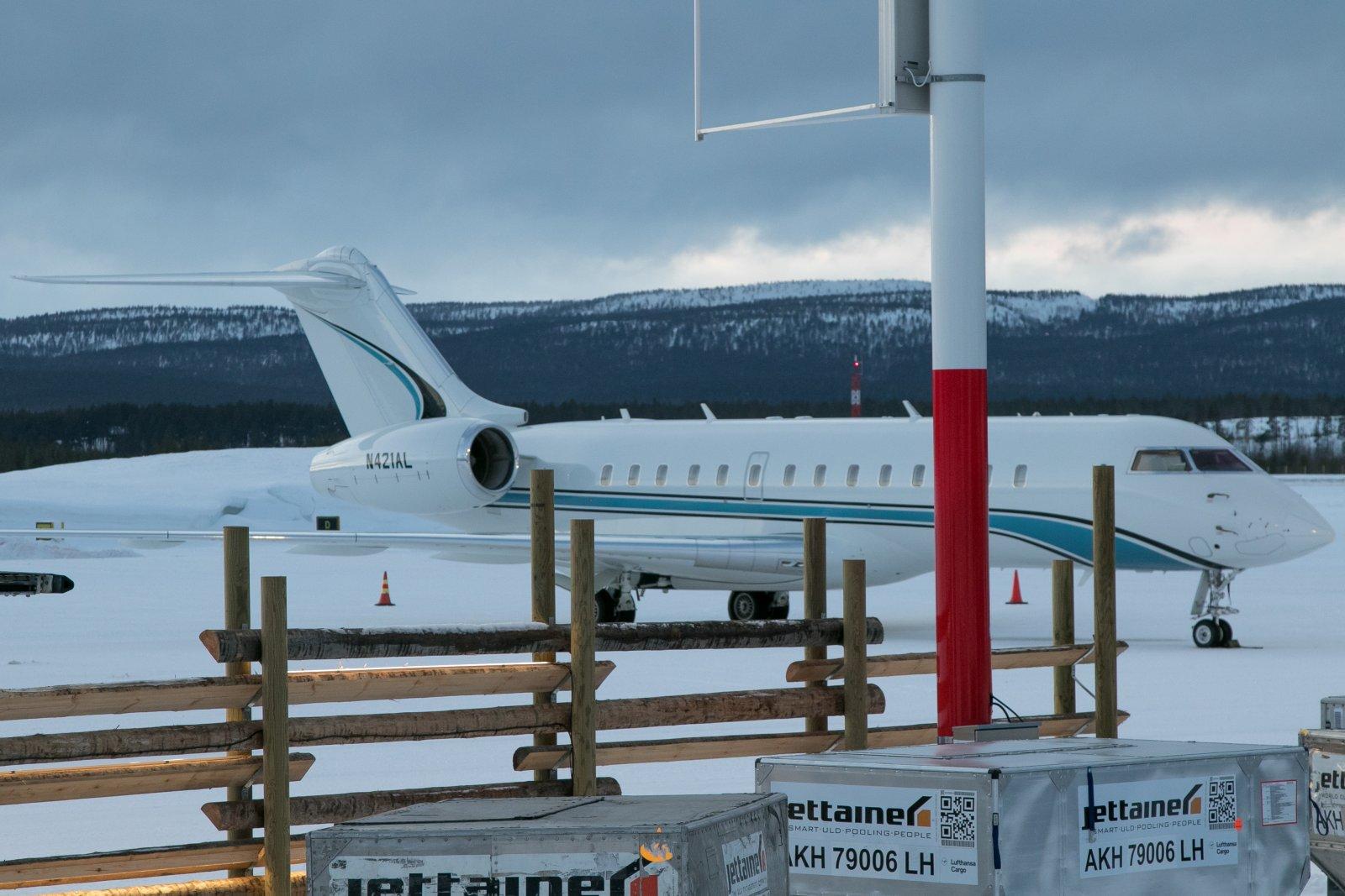N421AL. Bombardier Global 6000. 22.2.2020. Los Angelesista Ivaloon.