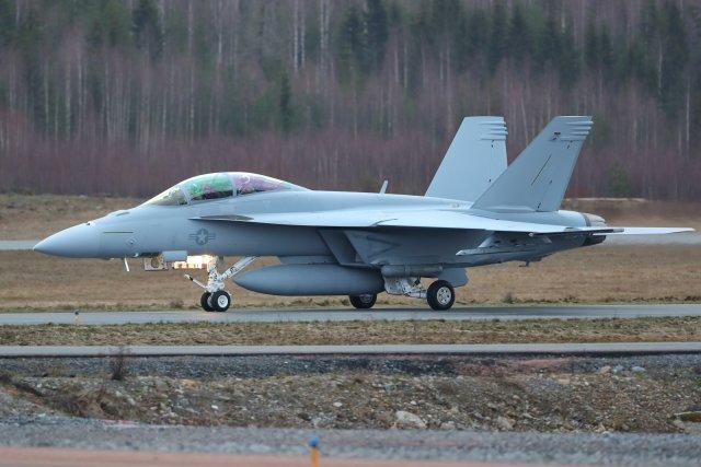 U.S.Navy Boeing F/A-18F Super Hornet 169750 EFTP 2020 02 18