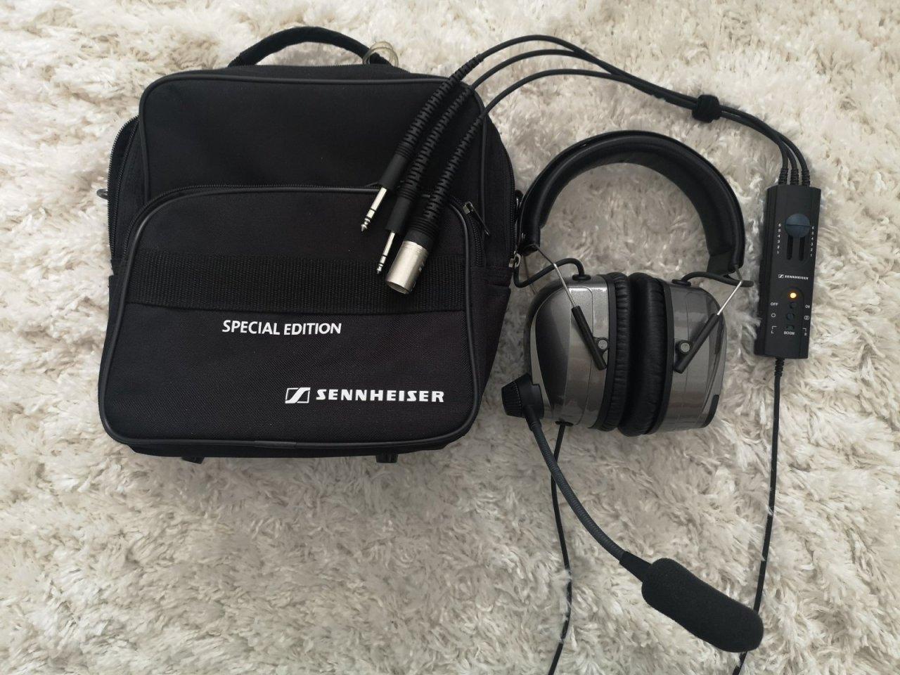 Sennheiser HMEC 460 small.jpg