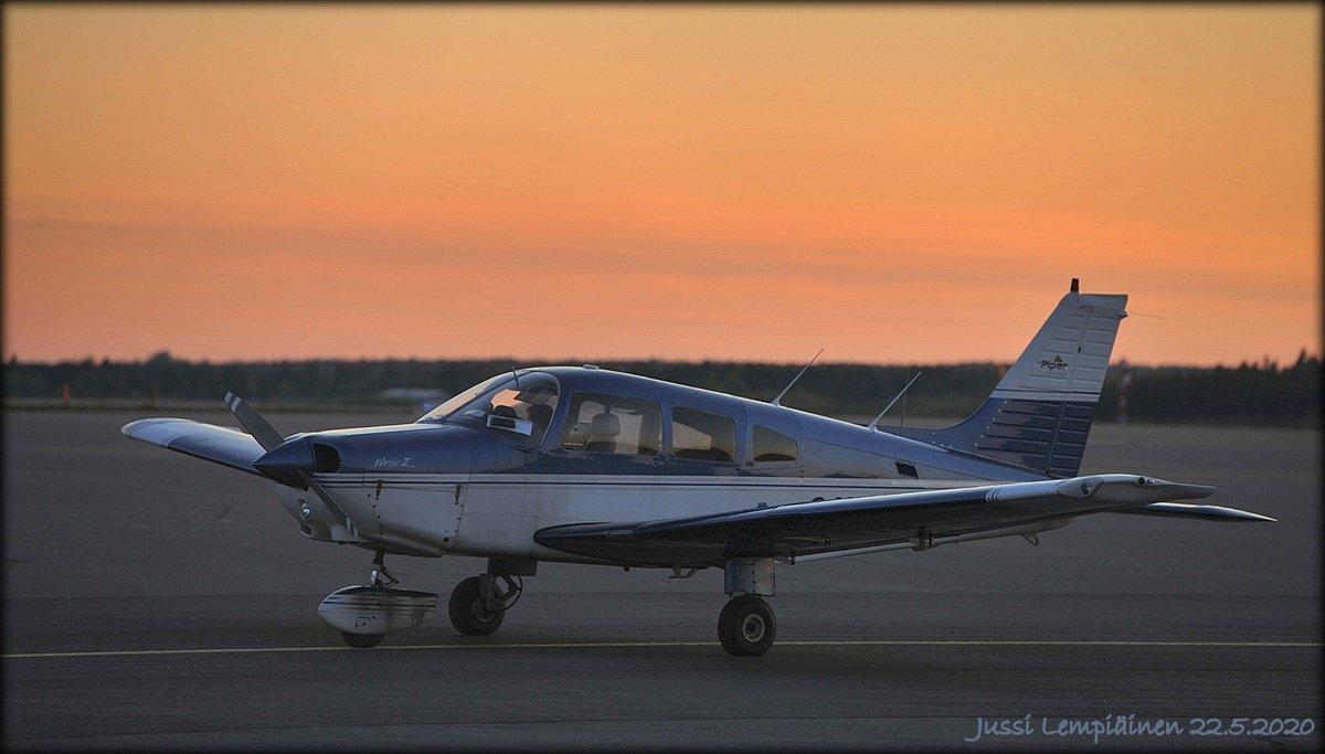 JL2_5123 PiperWarrior II OH-TIL1200x.jpg