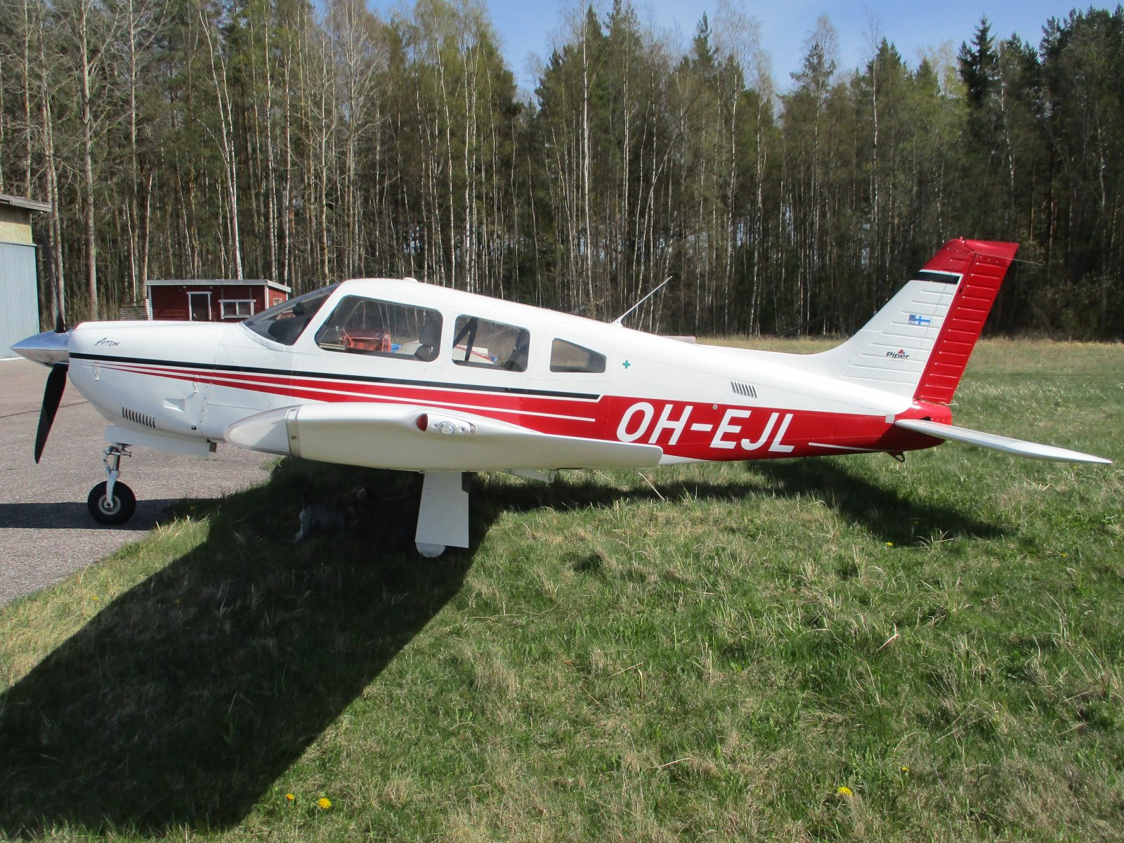 Piper PA-28R-201 Arrow OH-EJL EFHN 2020-05-10