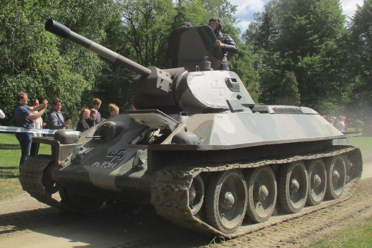 T-34.thumb.jpg.93f6db4b828ddb8d51bfe46149560fc7.jpg