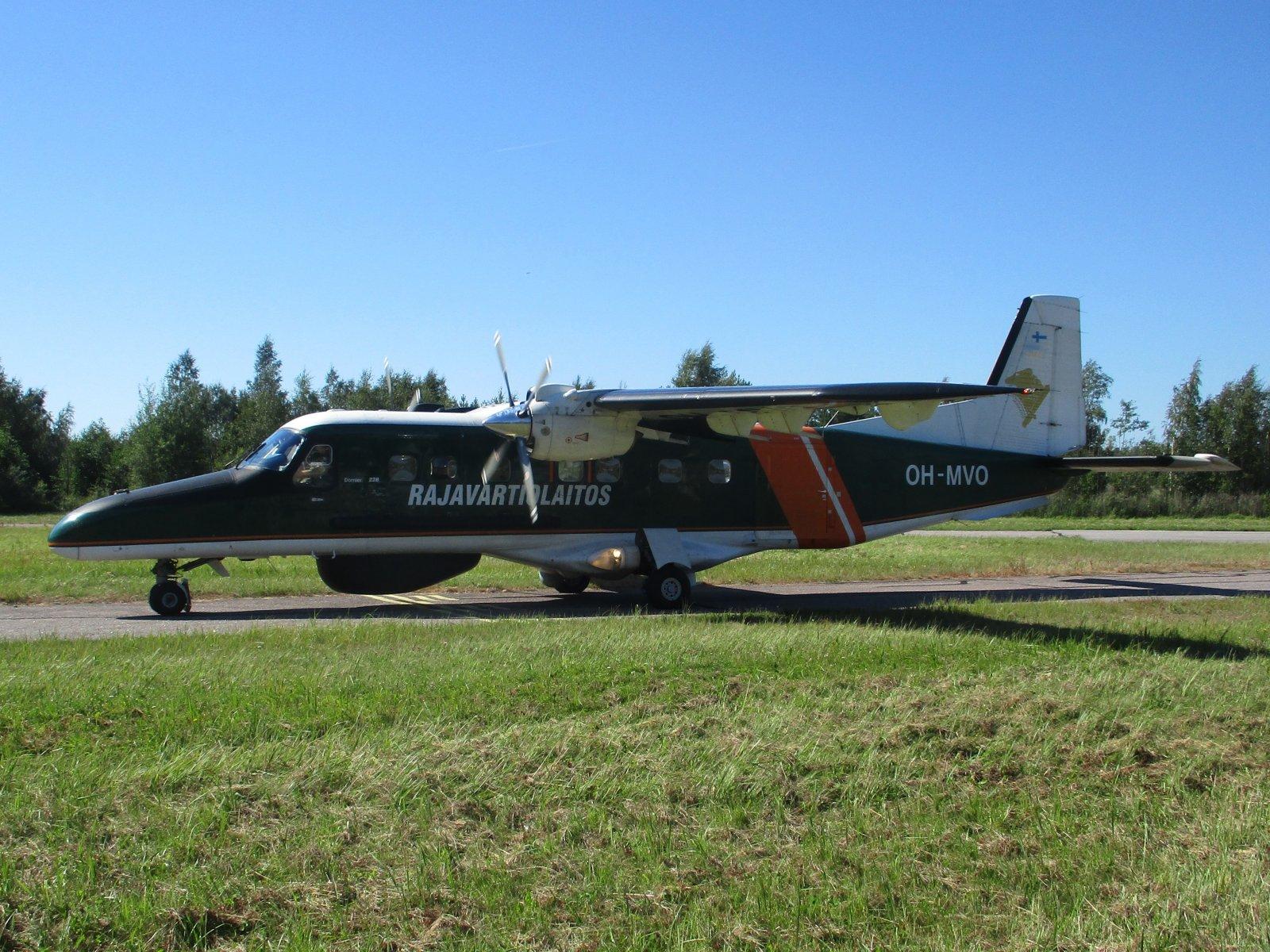 Dornier Do-228-212 OH-MVO EFHN 2020-08-08