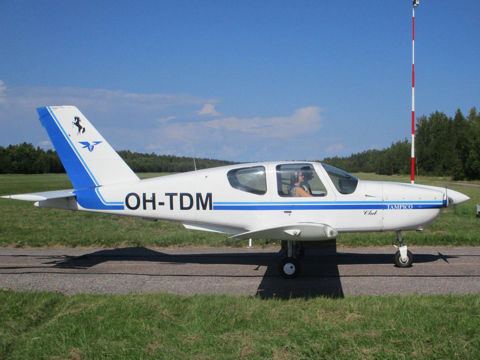 Socata TB-9 Tampico Club OH-TDM EFHN 2020-08-19