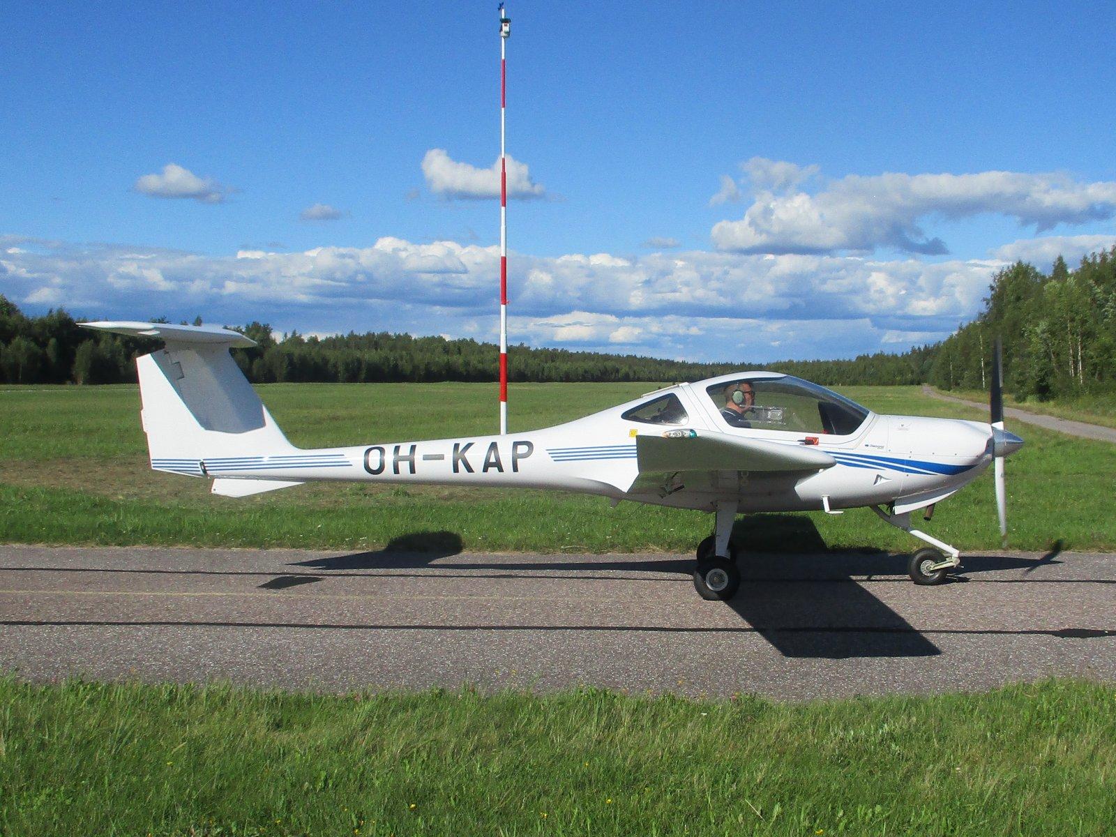 Diamond DA20-C1 Eclipse OH-KAP EFHN 2020-08-26