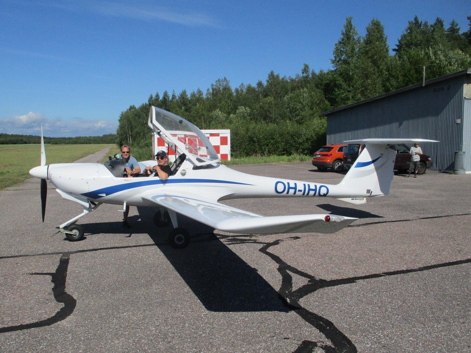 Diamond DV20 OH-IHQ EFHN 2020-08-07
