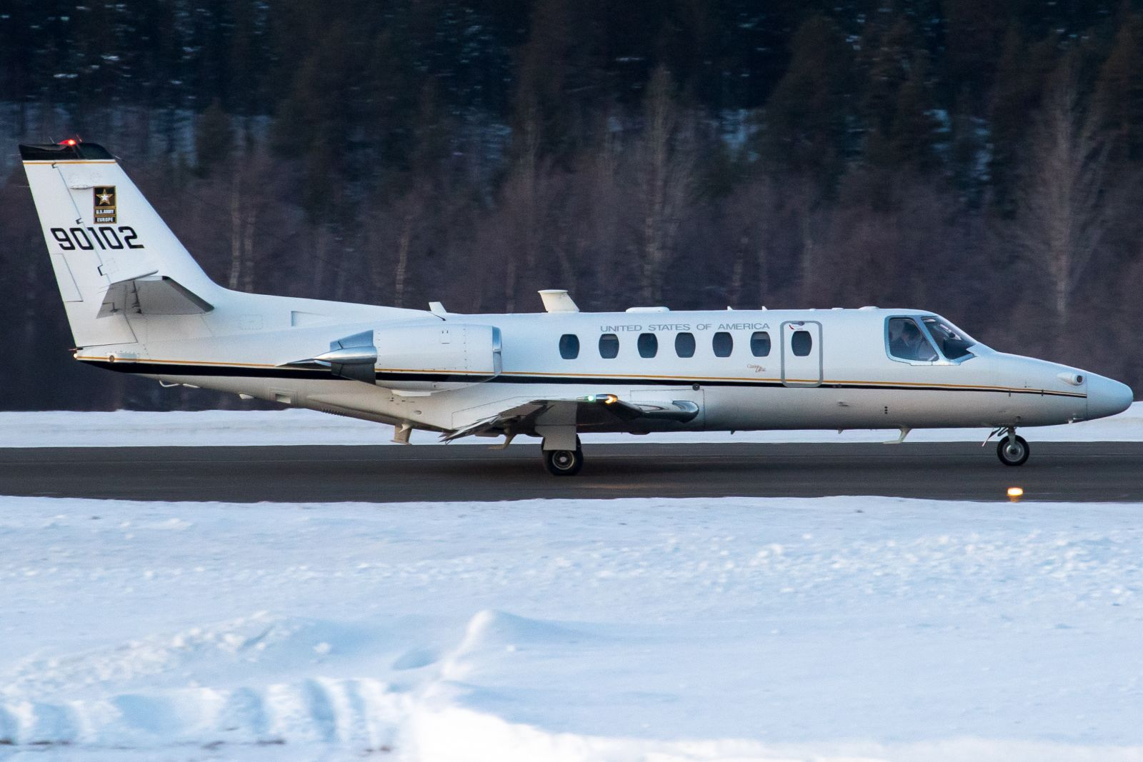 60102. Vilkas lentopäivä Ivalossa ; )