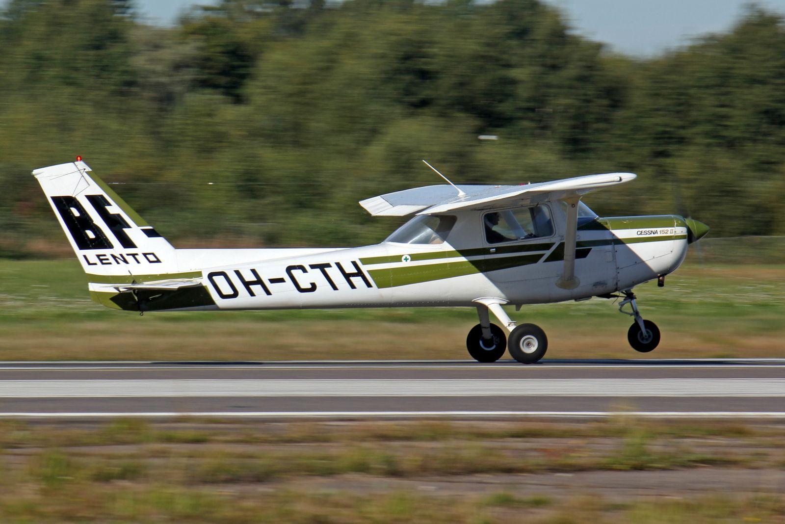 BF-Lento Cessna 152 OH-CTH