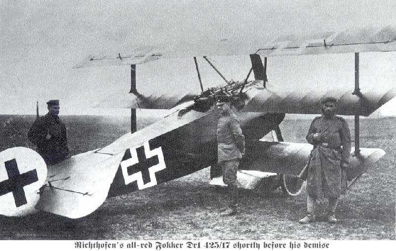 Fokker_Dr1_on_the_ground.jpg.34cb793bc810b080fbb63d7878930150.jpg