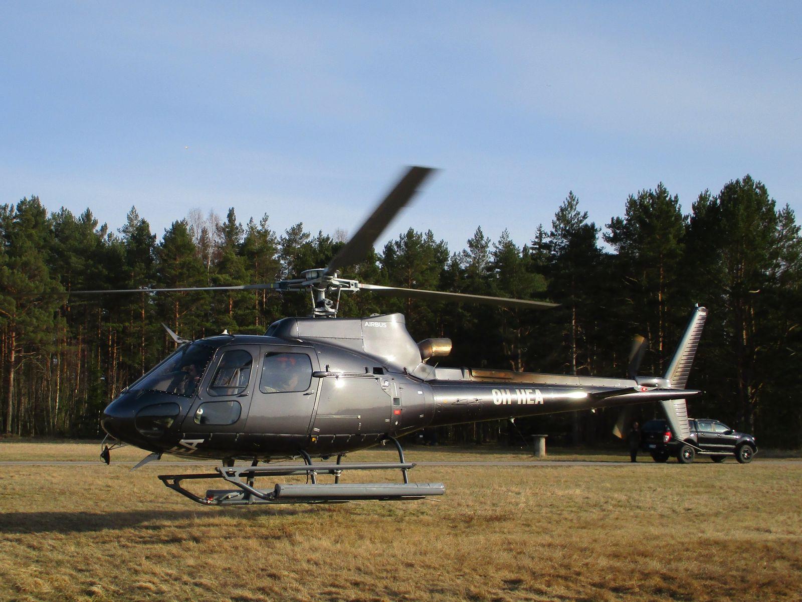 Eurocopter AS 350-B3 OH-HEA EFHN 2021-04-16