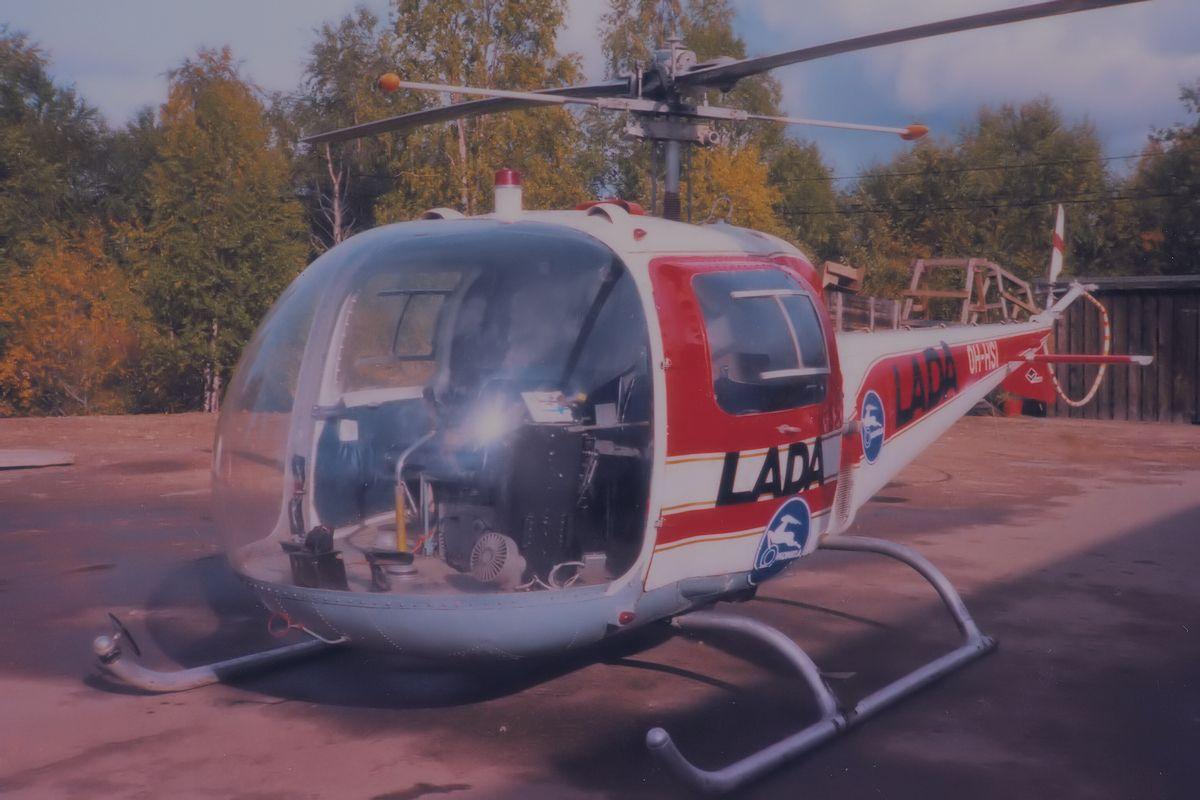 OH-HSI. Agusta-Bell AB47J. 31.8.1979 lennätti yleisöä Konelan Lada-autonäyttelyn yhteydessä.