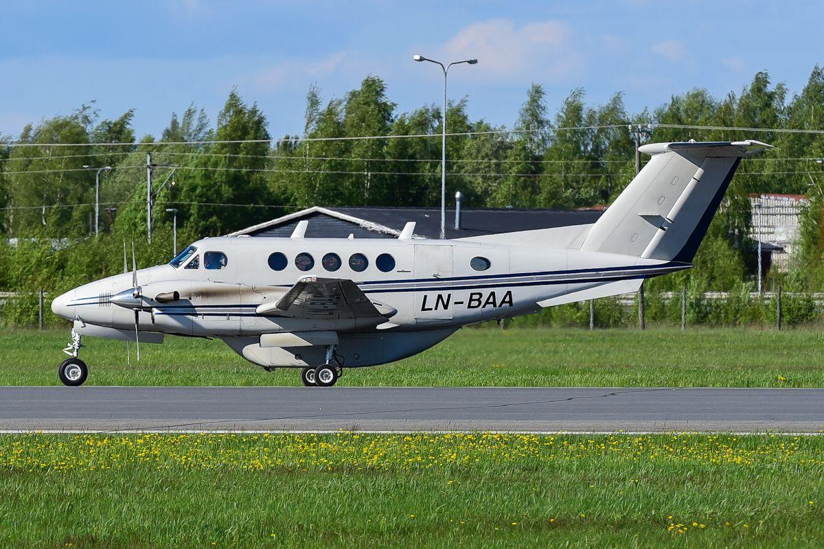 LN-BAA King Air B200