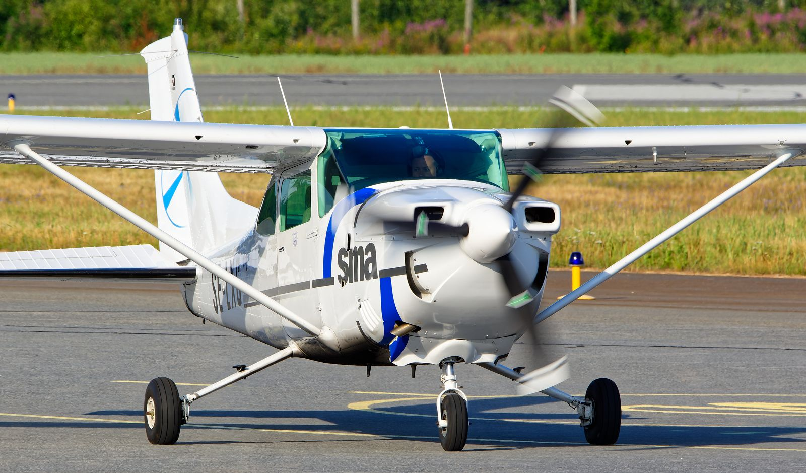 SE-LXG - Cessna 182Q Skylane - Umeå Flygklubb - 14.7.2021