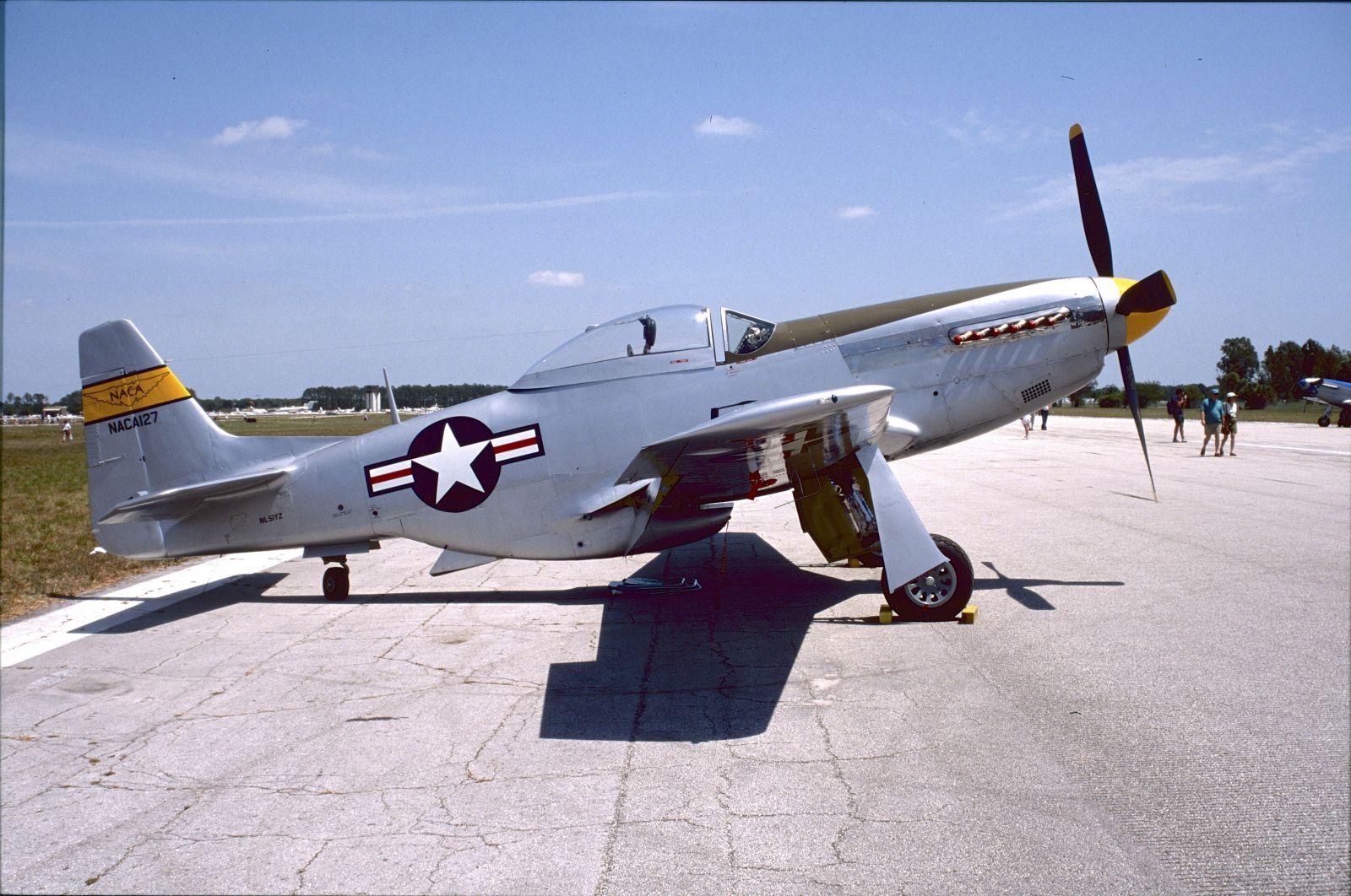 P-51D-25NA44-73704 N6168C FF-704Kissimmee FL 1999-04-10